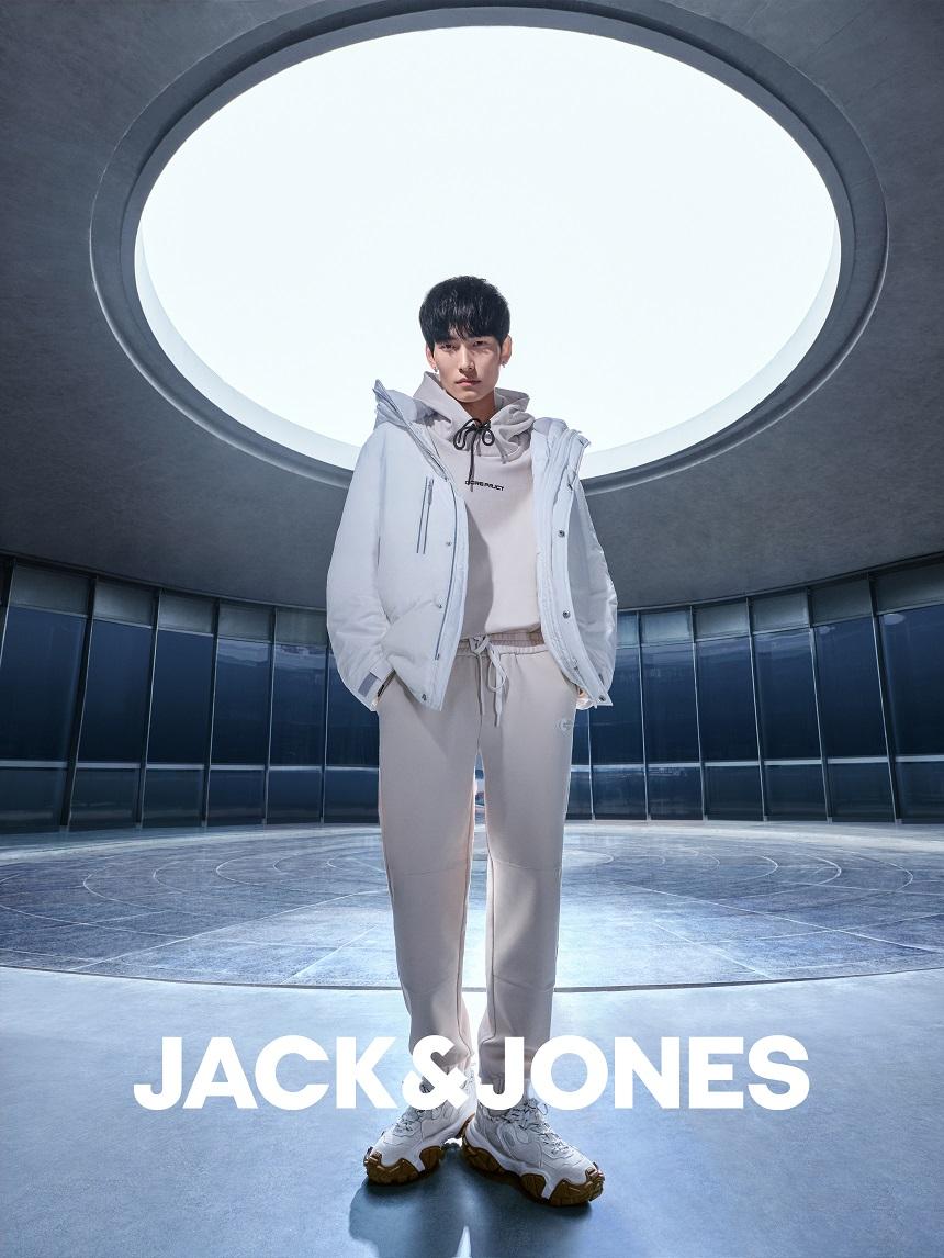 "JACK & JONES杰克琼斯发布 2021冬季""Urban Waves城市浪潮""时尚大片插图(7)"